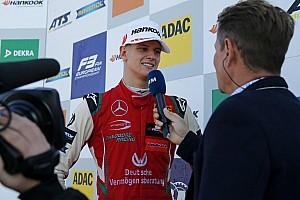 Hivatalos: Mick Schumacher jövő héten F1-autókat tesztel Bahreinben