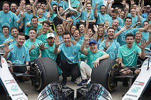 Hamilton óriási csapást mért Vettelre a legutóbbi 10 versenyen: a számok nem hazudnak?