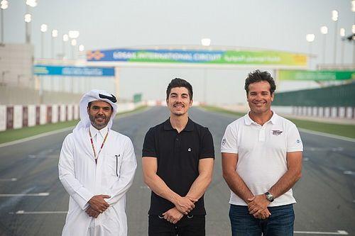 Viñales apadrina una academia de jóvenes pilotos en Qatar