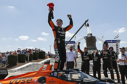Detroit IndyCar: O'Ward puts in late charge to beat Newgarden