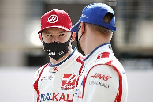 Официально: Мазепин и Шумахер останутся в Haas на 2022 год