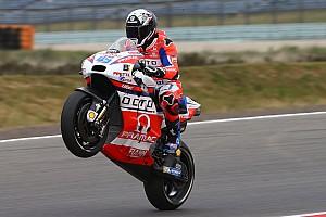 MotoGP Antrenman raporu MotoGP Assen 3. Antrenman: Islak zeminde Redding lider