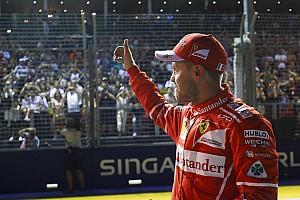 Forma-1 Motorsport.com hírek Vettel nyerte a szingapúri időmérőt a két Red Bull előtt: elfogyott a Mercedes