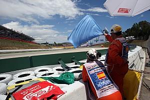La FIA teste un nouveau système de drapeau bleu