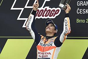 """Crutchlow: """"Márquez es el mejor piloto del planeta, así de simple"""""""