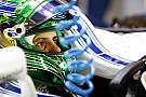 Формула 1 Масса привез новый шлем на последний в карьере Гран При
