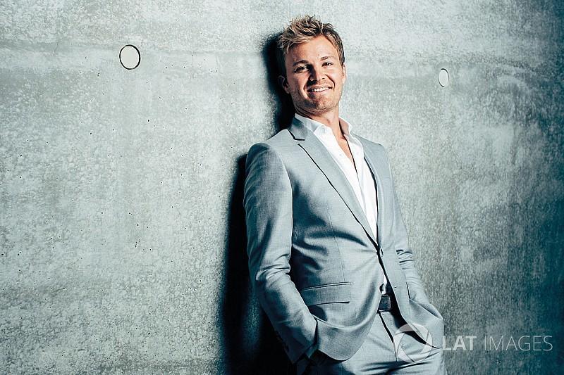 Rosberg, henüz Mercedes'le yeni anlaşma imzalamadı