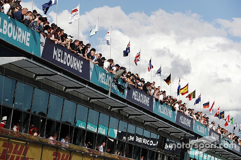 Melbourne tarihin ilk Formula 1 sezon açılışı etkinliğine ev sahipliği yapacak