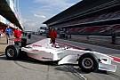 VIDEO: diseños curiosos de los coches en los test de F1