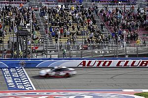 NASCAR XFINITY Relato da corrida Logano domina e triunfa em Fontana pela Xfinity