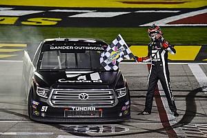 Kyle Busch vence em Las Vegas na NASCAR Truck Series