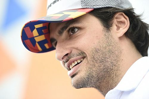"How Sainz's ""Smooth Operator"" running joke came about"