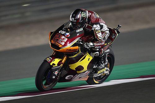 Doha Moto2: Lowes holds off Gardner for second straight win