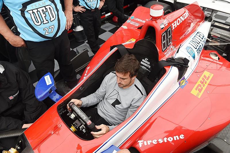 За первыми тестами Алонсо в IndyCar можно будет следить в прямом эфире