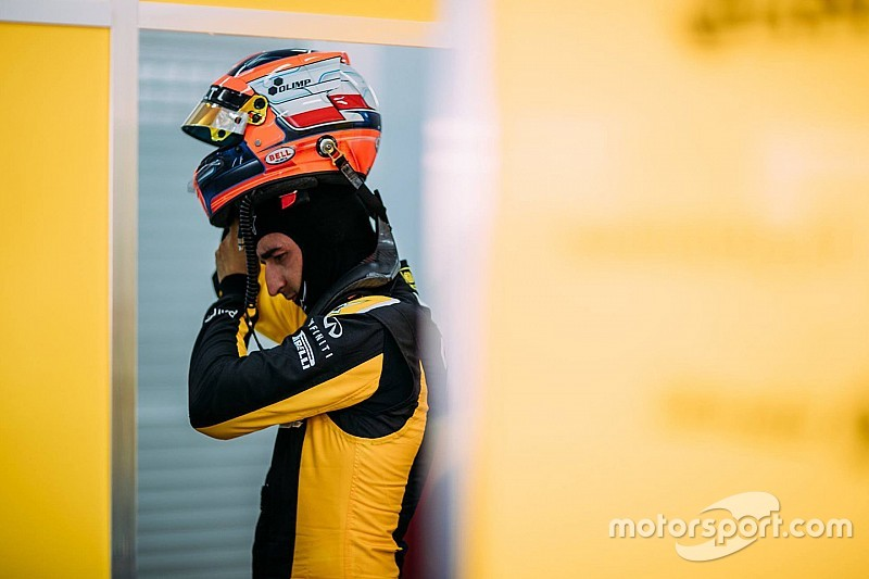 "Kubica ""not on the list"" for 2018 Renault seat"