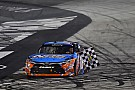 NASCAR Bristol NASCAR: Kyle Busch, Erik Jones'a geçit vermedi