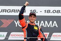 WRC-rijder Neuville debuteert op circuit en wint meteen