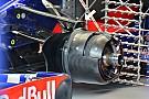 Toro Rosso: il pivot anteriore è più raffinato di quello Mercedes!
