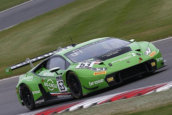 Blancpain Sprint Résumé de course Engelhart et Bortolotti s'imposent pour Lamborghini à Brands Hatch