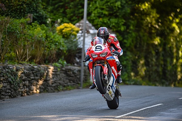 Road racing Ultime notizie TT 2017, Honda Racing e Guy Martin si ritirano