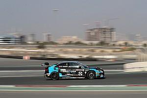 TCR Отчет о гонке Комини выиграл вторую гонку в Дубае, Таши стал вице-чемпионом TCR