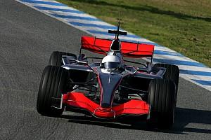 Tarihte bugün: Alonso, 2007 için McLaren'la anlaşıyor