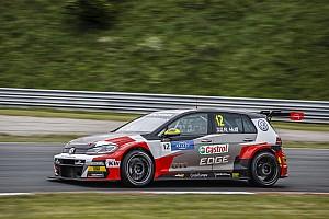 WTCR Motorsport.com hírek Huff a pole-ban, sikeresen fogták vissza a Hyundaiokat Zandvoortban