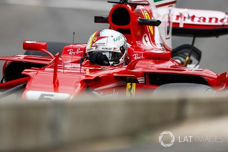 Vettel hosszabbított a Ferrarival, 2 évre: sajtóhír