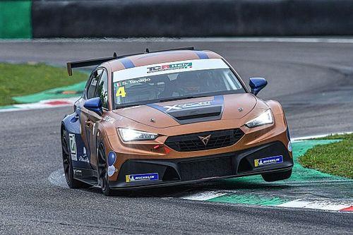 TCR Italy, Monza, Gara 2: bis di Tavano in volata su Brigliadori
