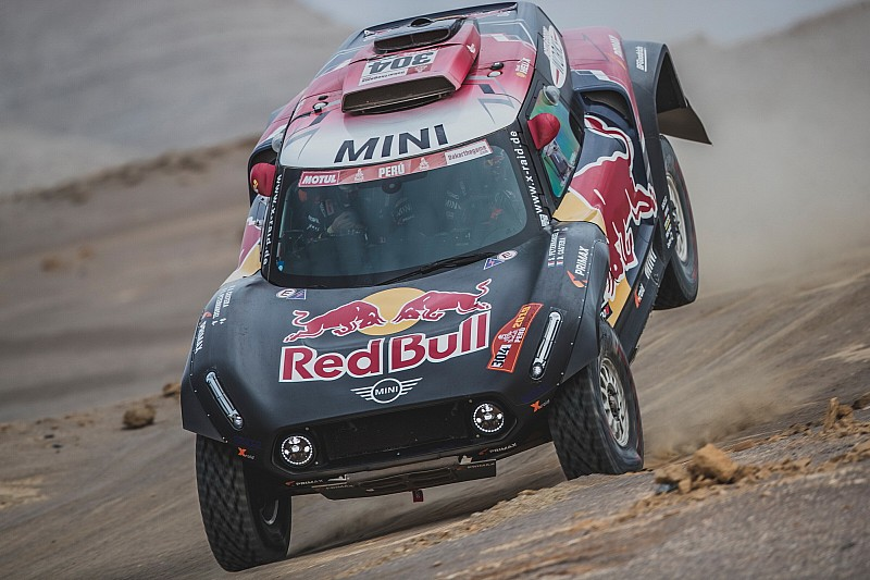 Peterhansel, 2019 Dakar Rallisi'ne erken veda etti