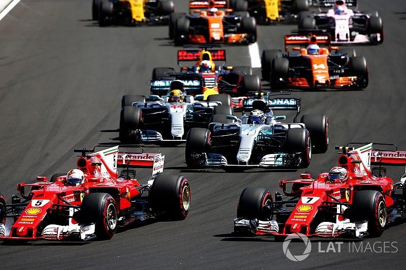 "Hamilton: Ferrari has ""given up"" fewer points than Mercedes"
