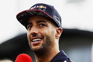 Ricciardo körrekorddal nyerte meg az első edzést Szingapúrban Vettel és Verstappen előtt