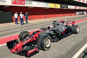 Haas'ın 2017 aracı VF17 Catalunya'da görüntülendi!