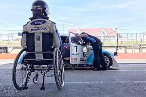 General Breaking news Monger kembali membalap untuk kali pertama sejak kaki diamputasi