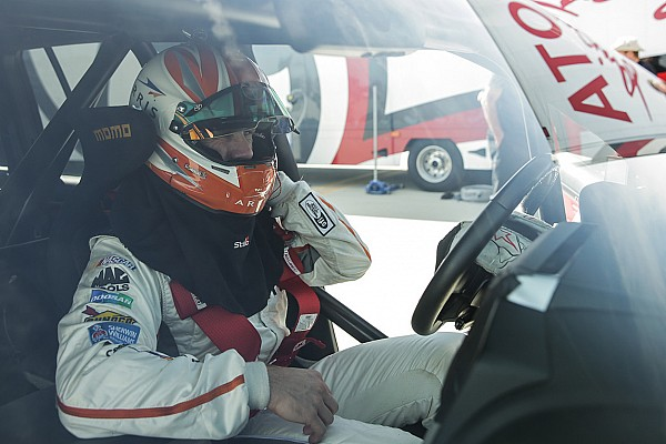 Automotive Carl Edwards claims fastest SUV title in 230mph Land Cruiser