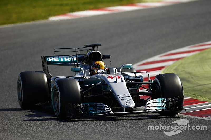 Hamilton todavía no encuentra el punto dulce con Mercedes