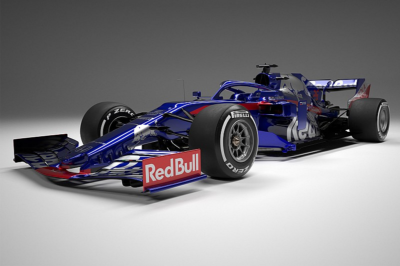 https://cdn-6.motorsport.com/images/amp/0oOMQjx0/s6/scuderia-toro-rosso-str14-1.jpg
