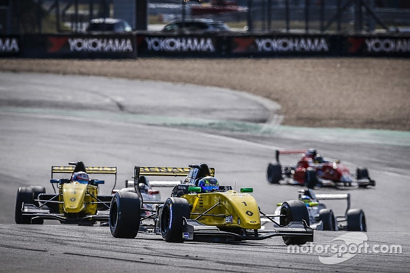 Renault continues with F3-style series after FIA snub