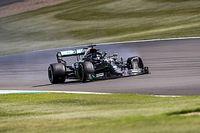 Hamilton convinced debris caused last-lap tyre failure
