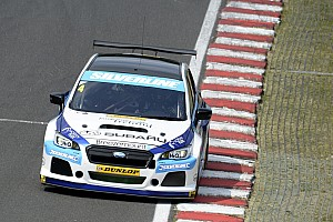 BTCC Race report Oulton Park BTCC: Turkington scores first ever Subaru win