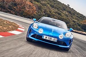 Auto Actualités La Plus Belle Voiture de l'Année 2017 est une Alpine!
