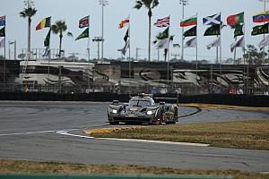 IMSA Crónica de Carrera Emocionante lucha en Daytona en el último tercio de carrera