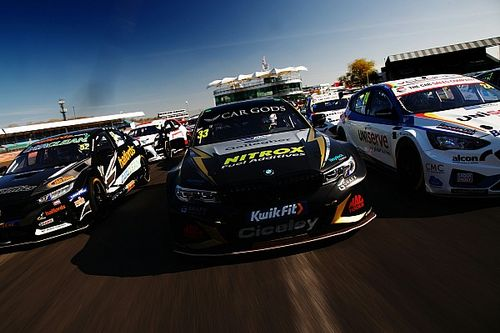 The giantkilling 'dad and lad' operation taking on the BTCC's best