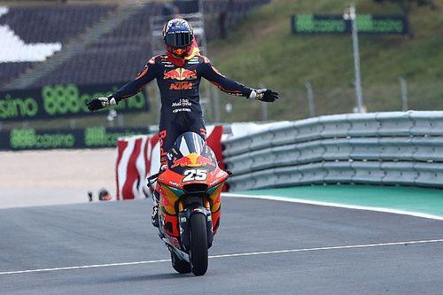 Raúl Fernández supera a Márquez y Rins para ser el mejor debutante de Moto2