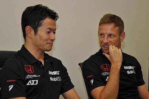 باتون: ياماموتو يستحق مقعداً في الفورمولا واحد