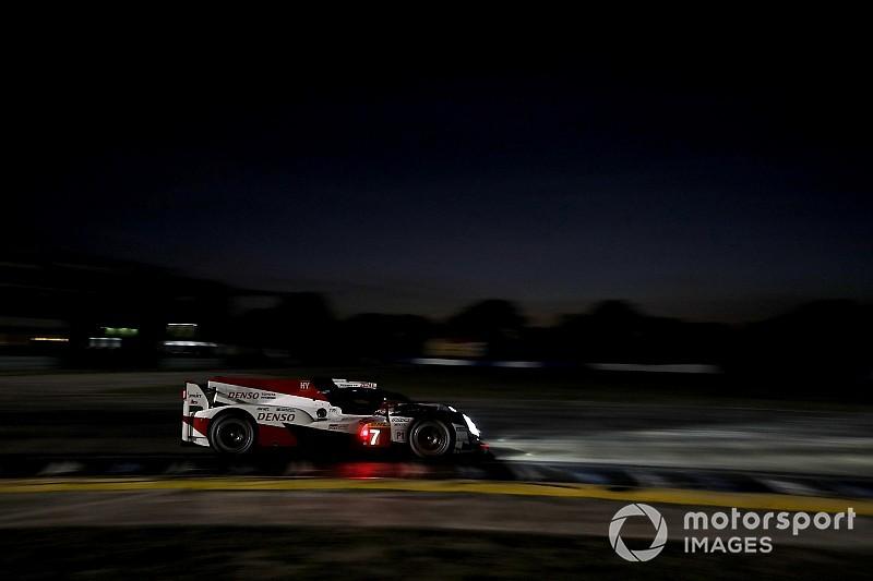 Toyota sigue al frente en los libres nocturnos de Sebring