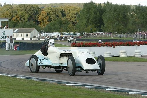 The restorer keeping a land-speed record-holder's memory alive