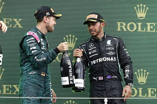 Hamilton, 'Same Love' tişörtü giyen Sebastian Vettel'le gurur duyuyor