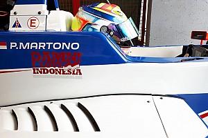 Formula Renault Breaking news FR2.0 Eurocup Paul Ricard: Palmer tercepat, Presley P16