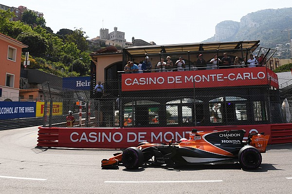 Stop/Go Livefeed Button 15 rajthelyes büntetést kapott Monacóban!